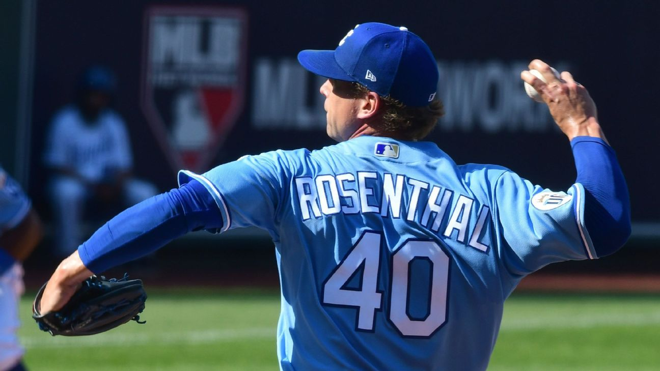 Sources — Padres agree to acquire Trevor Rosenthal in trade with Royals