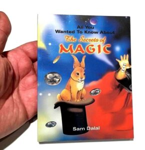 THE SECRETS OF MAGIC BOOK Magician Tricks Money Cards Beginner Close Up How To