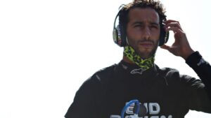 Ricciardo recalls driving – and nearly crashing