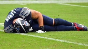 Tennessee Titans LT Taylor Lewan confirms he suffered torn ACL
