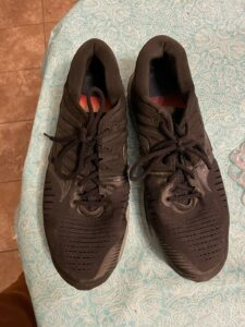 Saucony Hurricane 22 Men's Running Shoes US Size 13 Blackout CLEARANCE SALE!