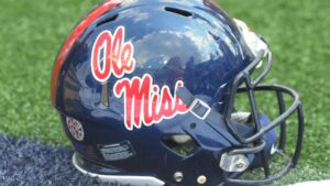 Ole Miss Rebels TE Damarcus Thomas airlifted to hospital after hit in practice