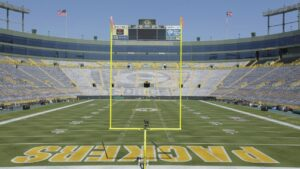 Green Bay Packers' Aaron Rodgers wants fan favorites back at Lambeau Field