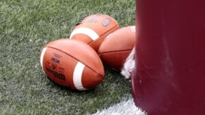 Knight Commission endorses FBS split from NCAA