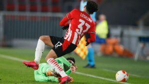 USMNT and PSV midfielder Richard Ledezma out for season with knee injury