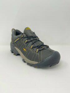 LIQUIDATION SALE!!! KEEN Men's | Targhee II Size 10 Waterproof Hiking Shoes
