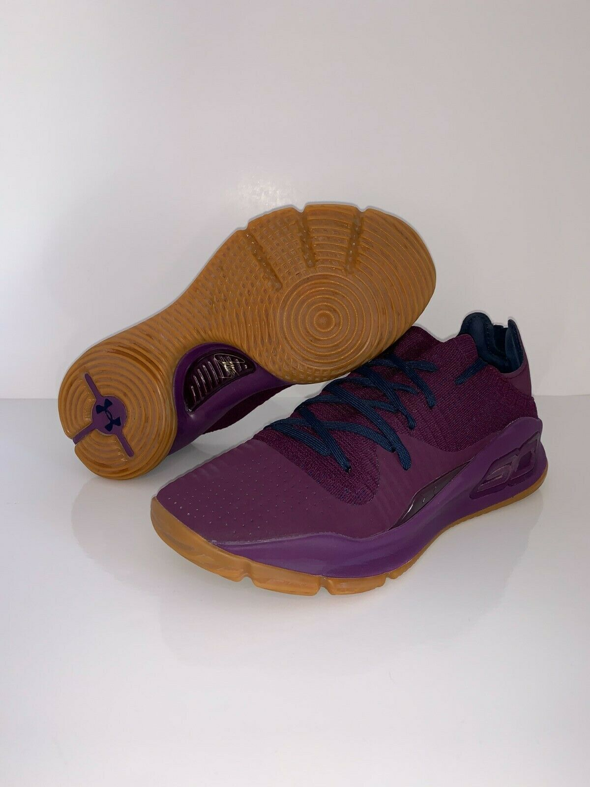 Under Amour Curry 4 Low Merlot Size-9 (Basketball Shoes)